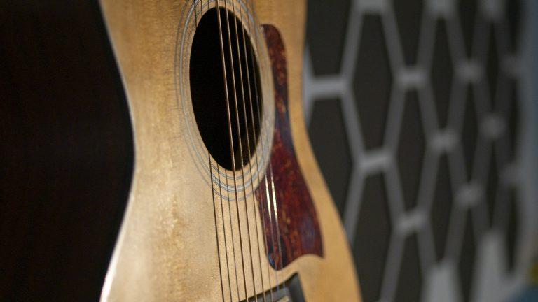 Steel string, western guitar, songwriter